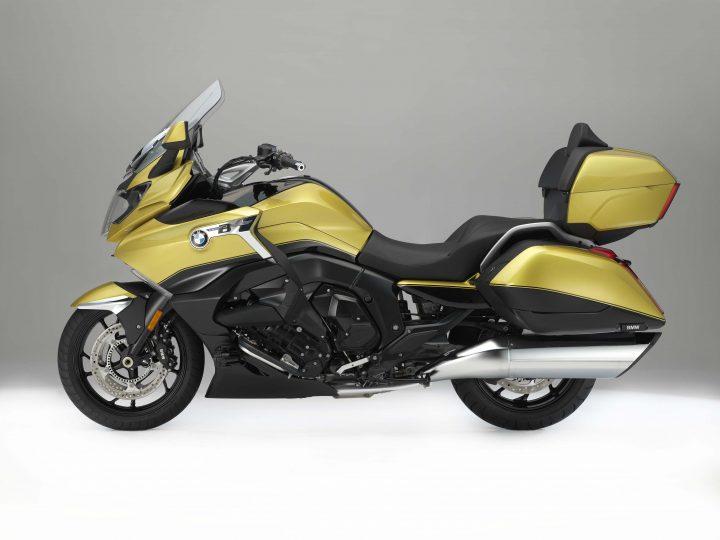 Showroom Showdown: Honda Gold Wing vs  BMW K1600GA vs  Yamaha Star