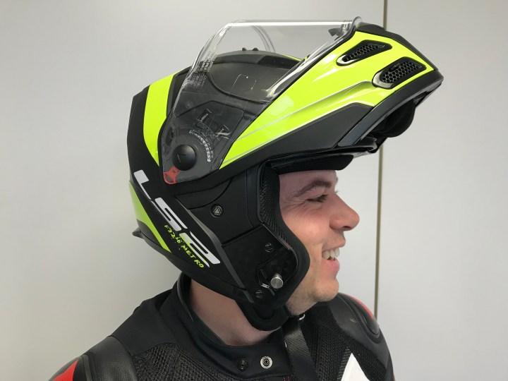 Gear Review: LS2 Metro Evo modular helmet