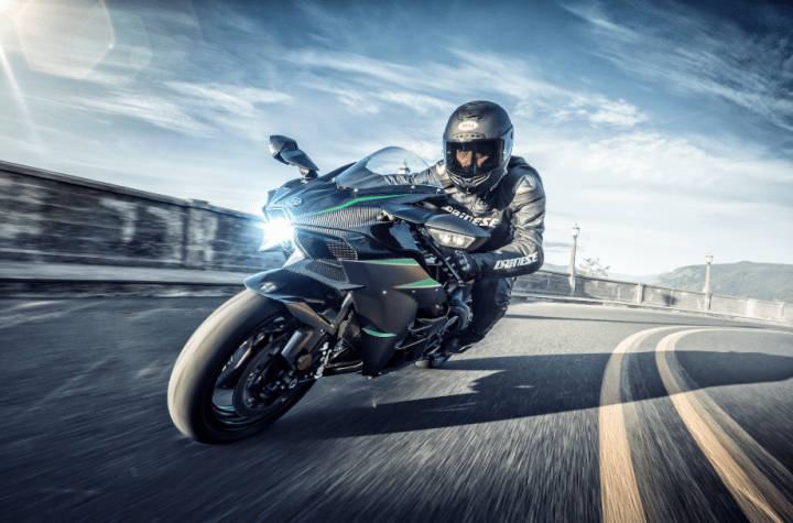 "Kawasaki H2 gets horsepower bump, ""self-healing"" paint"