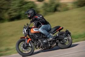2019 Ducati Scrambler Icon02