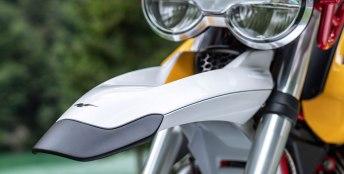 Moto Guzzi V85 6