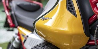 Moto Guzzi V85 7