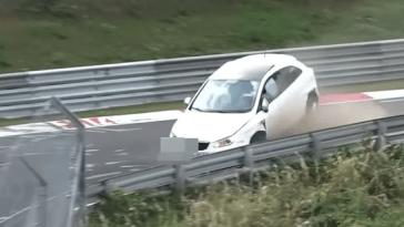 Une défaillance de l'ABS mène a une accident d'un Ibiza au Nürburgring