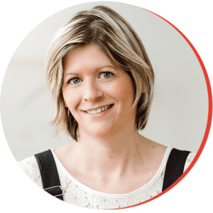 Julie Blais Headshot