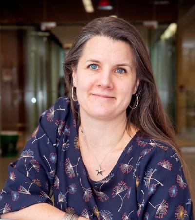 Dr. Melissa Holmes