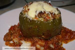 tuffed-green-peppers-in-marinara-on-mash-wm