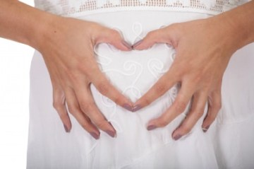 baby-budget-heart-shape-pregnant