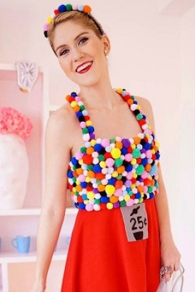 gumball-machine-diy-halloween-costume