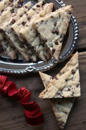 chocolate-chip-shortbread-cookies