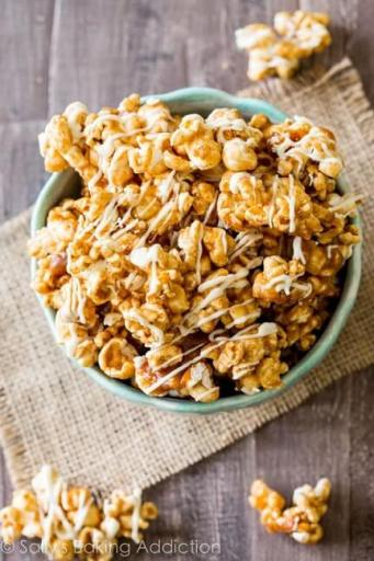 Cinnamon-Bun-Caramel-Corn-Sallys-Candy-Addiction-Cookbook-recipe