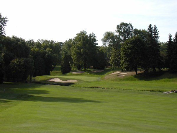 The stunning 14th at St. George's demonstrates the course's teeth