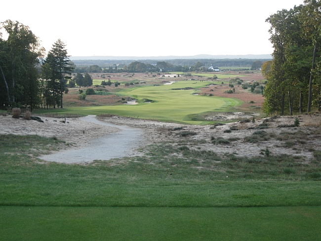 Friar's Head #2 -- a hole that moves the course from the dunes into an old potato field.