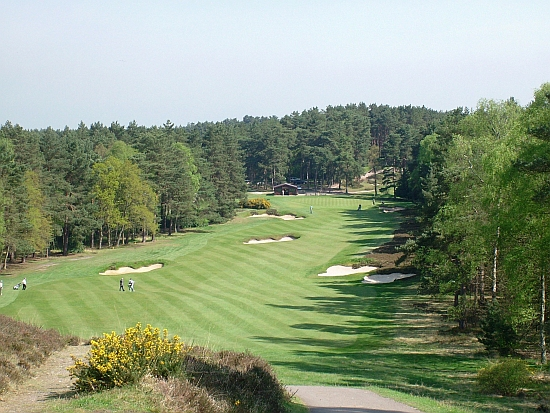 The remarkable 10th at Sunningdale Old