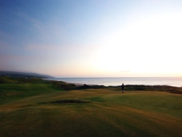 cabot-links-15th-green-sunset