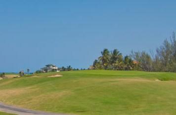 Oceanside par-3 8th hole at Varadero Golf Club