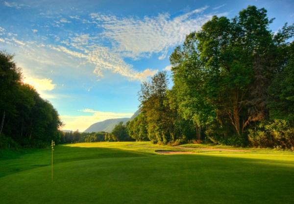 Par-5 11th hole at Highlands Links