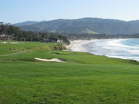 The ninth and tenth holes at Pebble are among the great par-4s in the world.