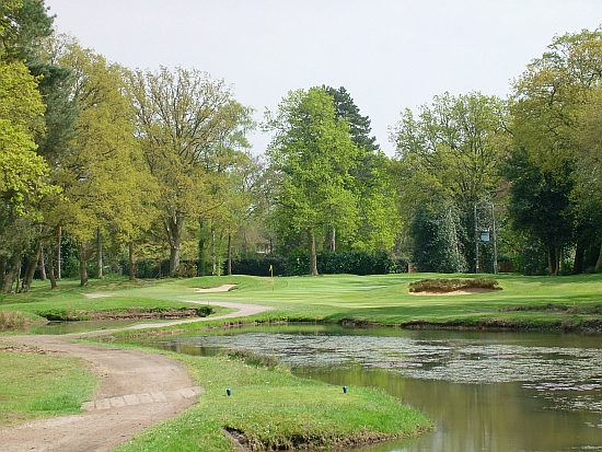 Odd -- with a pond in play, the 16th at Woking seems out of character.