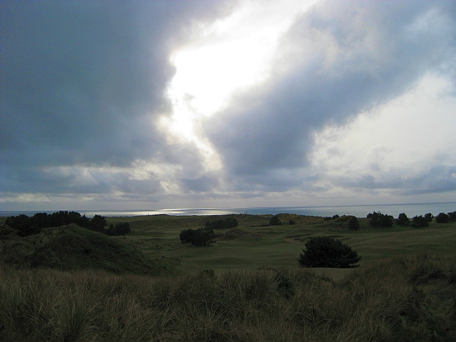 Dream Golf: Bandon Dunes' threatening skies