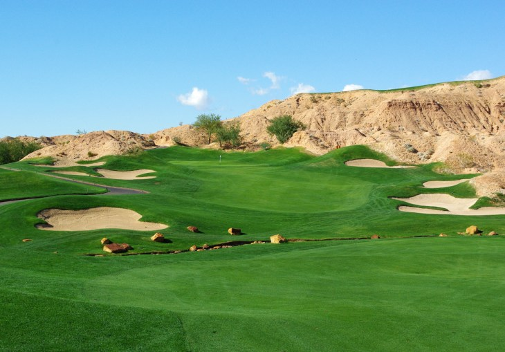 6th hole at Wolf Creek