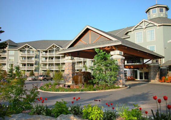 Deerhurst Resort Entrance (Image: Deerhurst Resort)