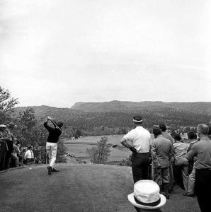 Knudson's tee shot on No. 6 (Image: Nova Scotia Information Service)