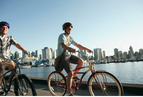 Vancouver by bike (Image: Vancouver Tourism)
