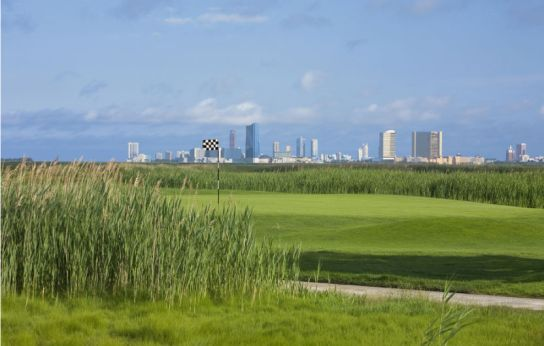 Seaview Golf Resort with Atlantic City in background (Image: Seaview Golf Resort)