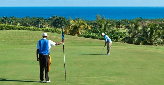 The Tryall Golf Club Jamaica putting on the green. (Image: The Tryall Club)