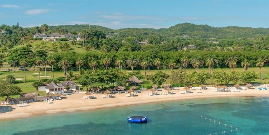 The 2,200-acre resort includes almost four kilometres of waterfront. (Image: The Tryall Club)