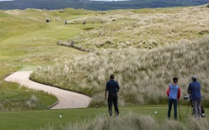 Golfers preparing to tee off at Ballyliffin Golf Club, Ireland. (Image: Boomer Jerritt/One Ocean Expeditions)