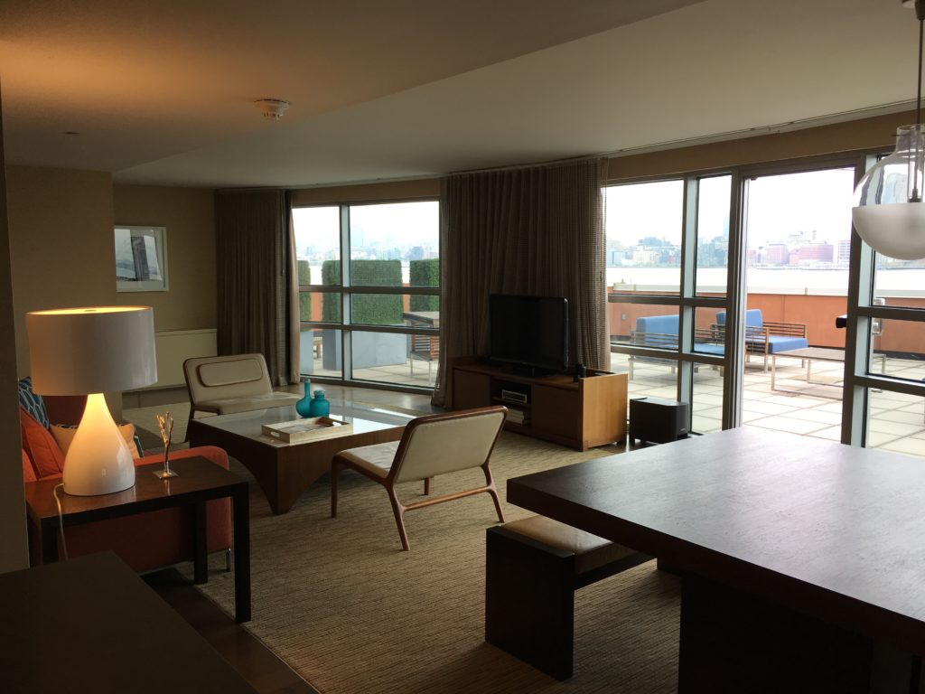Hyatt Regency Jersey City Review - Seating Area