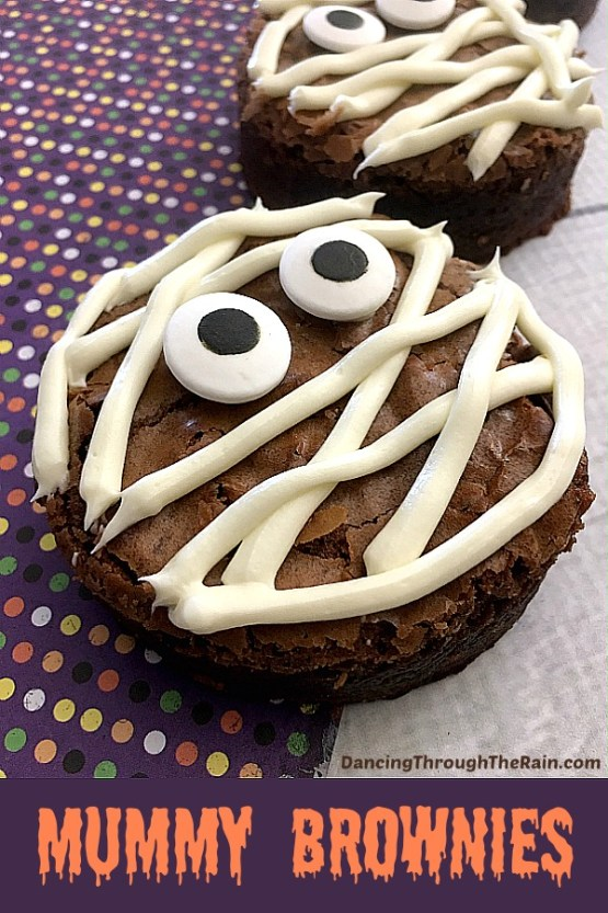Halloween Mummy Brownies from 30 Halloween Food & Treats Kids Will LOVE