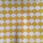 Lin et pastilles jaunes