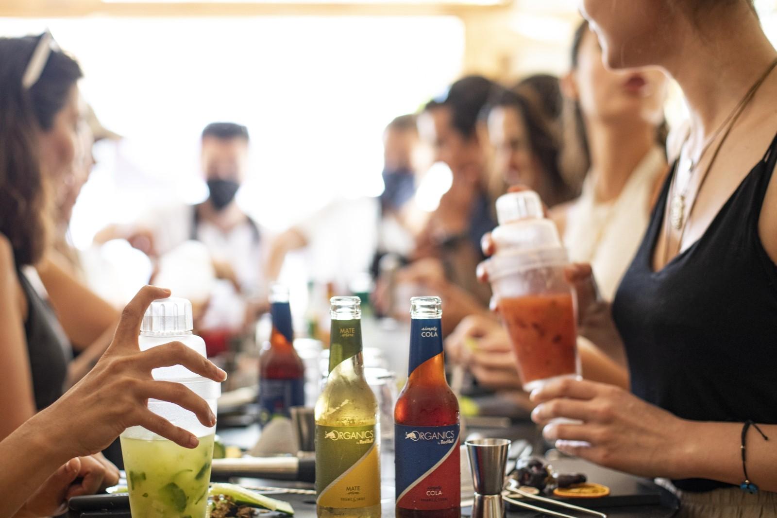 Organik içecek serisi, Bozcaada Caz Festivali'nde sanatseverle buluştu