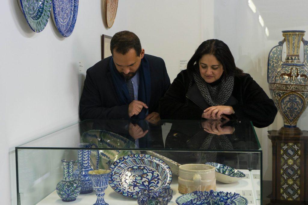 Exposición cerámica en el Palacio del Almirante