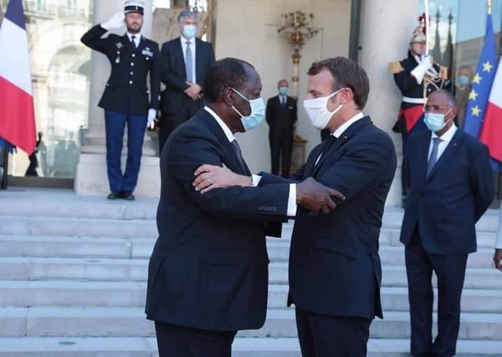 Photo Macro et Ouattara