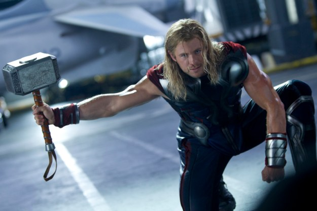 movie-avengers-thor-and-mjolnir