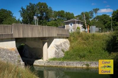 location-canal-canoe-6