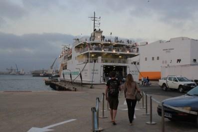 Embarquement sur Aloe Sitoe Diatta