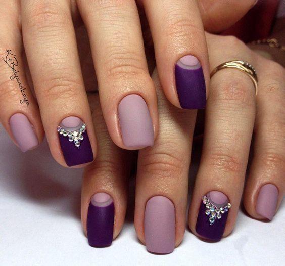 decoración de uñas con piedras 3