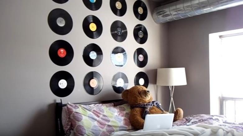 como decorar con discos antiguos