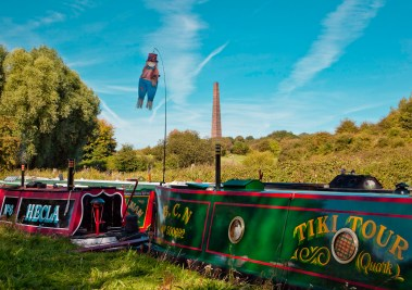Striking scene created by an imaginative boater in the The Black Country Festival 2009.