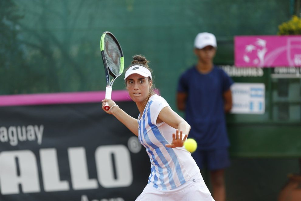 Catalina Pella en la Fed Cup con Argentina