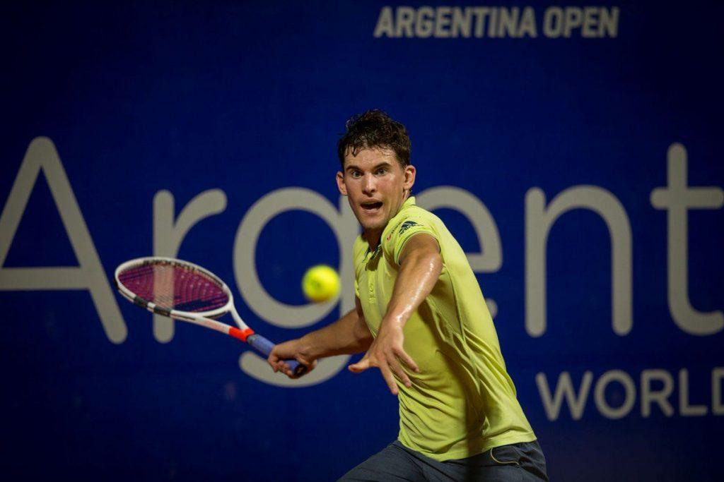 Thiem disputando un partido en el Argentina Open