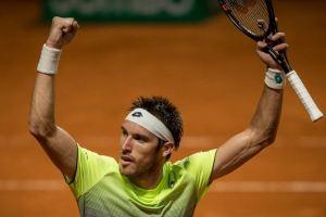 Leo Mayer celebra el pase a cuartos de final del Argentina Open