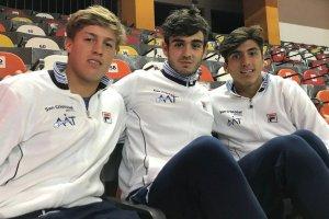 Santiago de la Fuente, Juan Bautista Torres y Román Burruchaga preparados para la Copa Davis Junior 2018 | Foto: @ITF_Tennis
