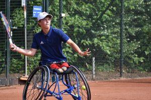 Conner Stroud tenis silla