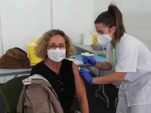 Sanidad administra 841.128 dosis de vacunas contra la COVID-19