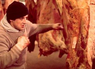 rocky golpeando carne de vaca